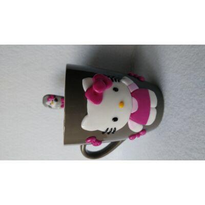 Hello Kitty bögre kanállal